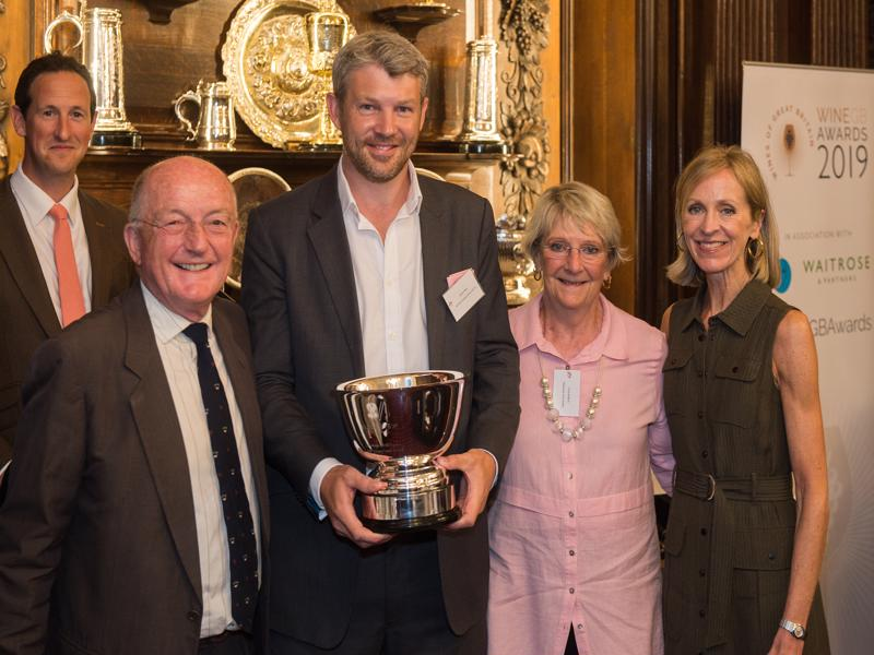 Roebuck Estates wins Mike Roberts MBE Best Classic Cuvee Vintage Trophy